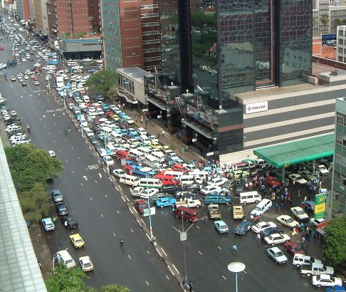 petrol-queue.jpg