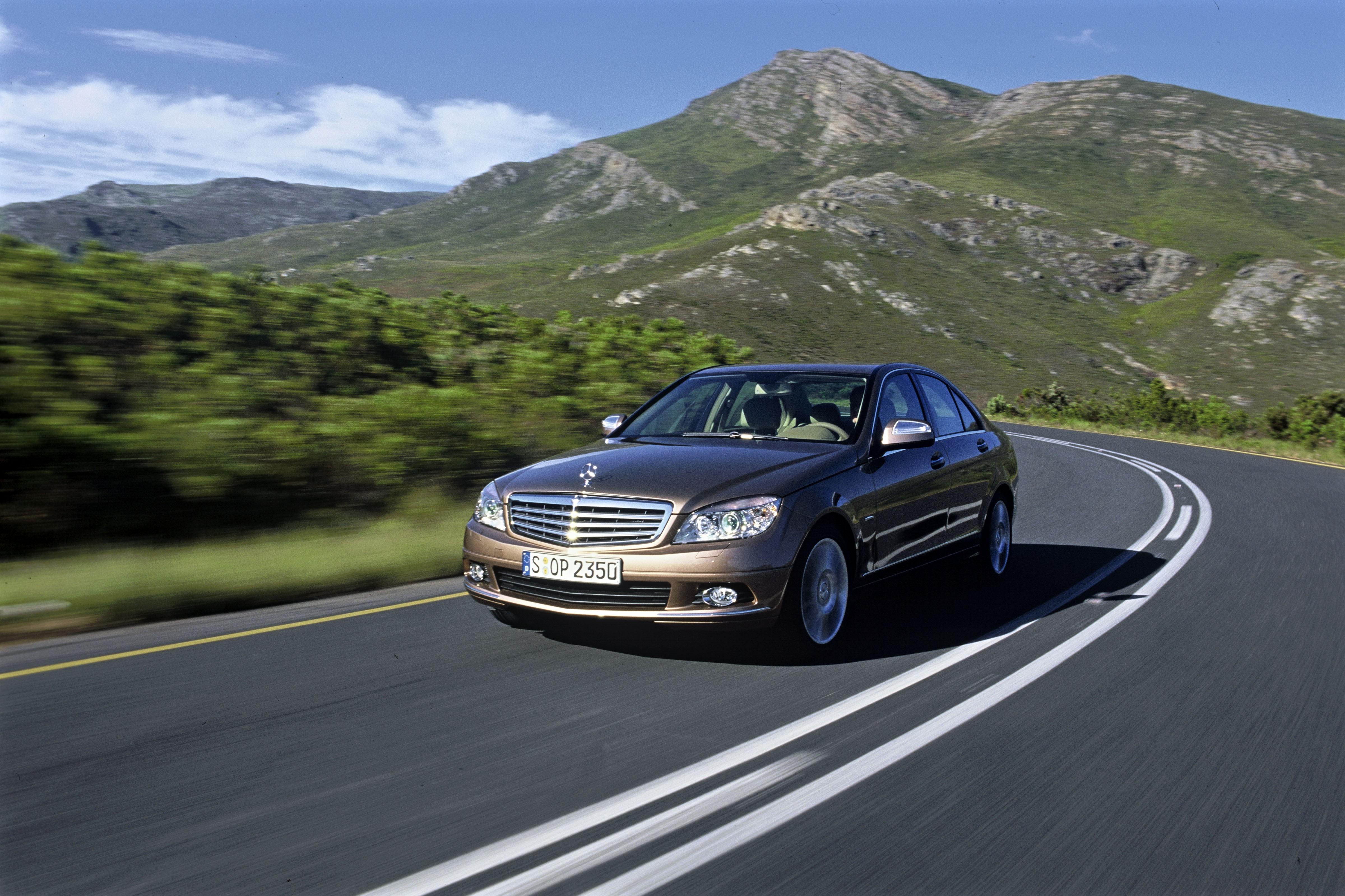 Merc C-class, one of 72 Top Safety Picks of 2009