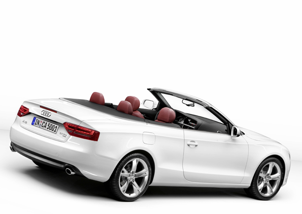 The Audi A5 Cabriolet. Exterior. Up front, the cabrio retains the same