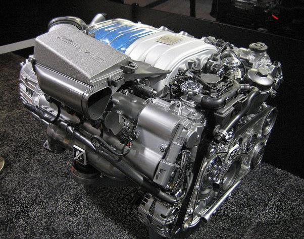 761px-mercedes-benz_m156_engine_02a